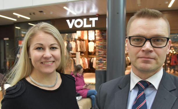 Piia Kattelus ja Sami Kilpeläinen syyttävät Väyrystä väärinkäytöksistä. Arkistokuva.