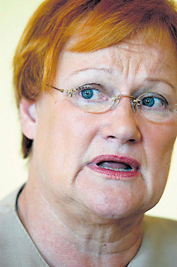 Presidentti Tarja Halonen vastustaa kuudetta ydinvoimalaa.