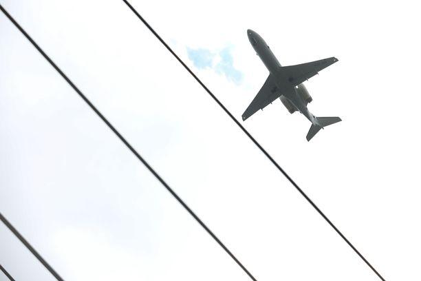 Viime päivien koronatartuntalukemat selittyvät ainakin osittain ulkomaan lennoille kohdennetuilla massatesteillä.