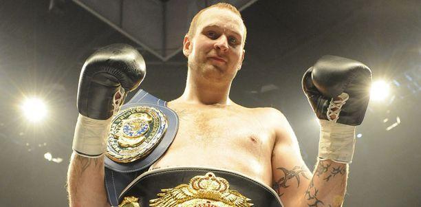 Robert Helenius uskoo olevansa vuoden päästä kypsä maailmanmestariksi.