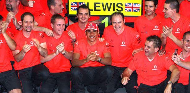 Lewis Hamilton haluaa päättää uransa McLarenilla.