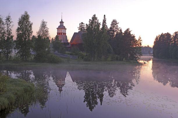 Petäjäveden vanha kirkko kuvituskuvassa.