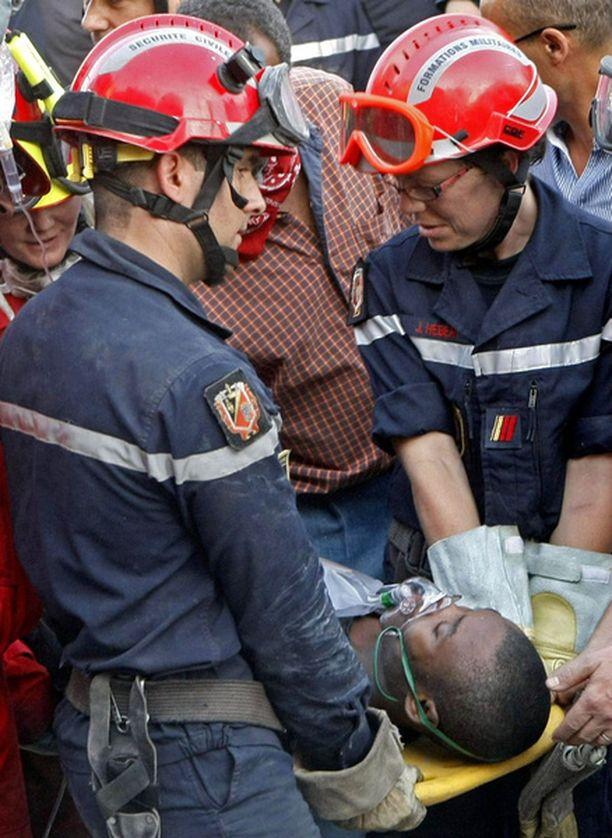 24-vuotias mies löytyi sortuneesta rakennuksesta, jossa oli sijainnut hotelli ja supermarket