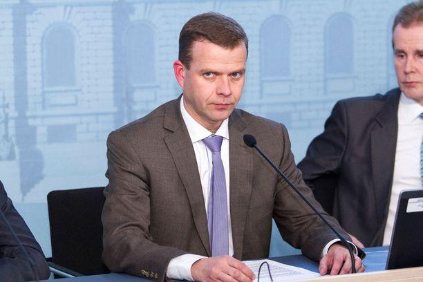 Petteri Orpo (kuvassa) ei ole tyytyväinen Juha Sipilän kommentteihin.