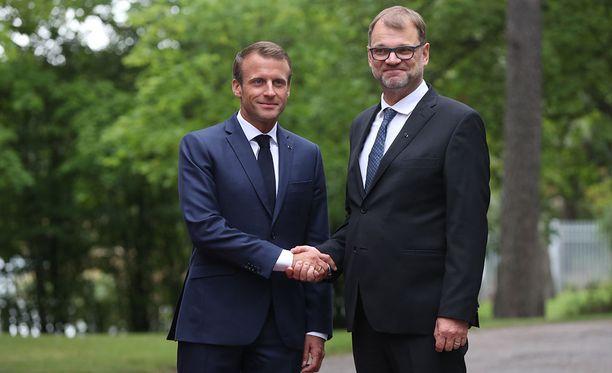 Ranskan presidentti Emmanuel Macron tapasi pääministeri Juha Sipilän työlounaan merkeissä.
