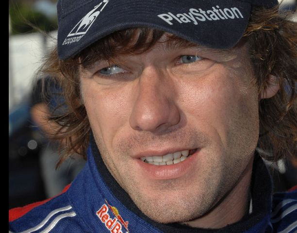 Sebastien Loeb kaasuttelee varmasti kohti neljättä peräkkäistä Korsikan voittoa ja viidettä maailmanmestaruuttaan.