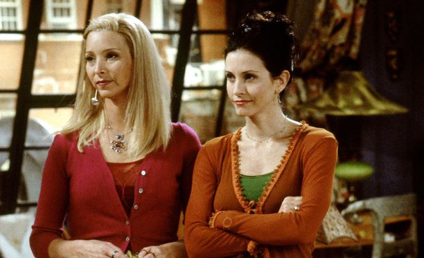 Phoebe ja Monica vuonna 1998.