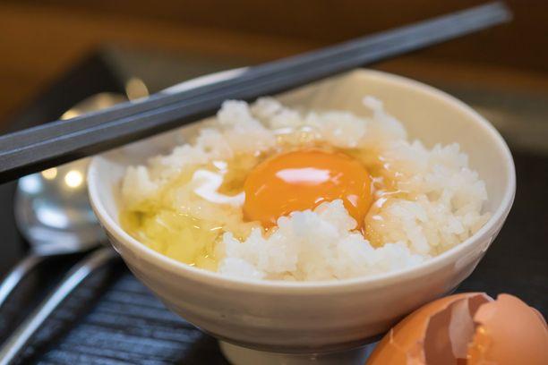 Tamagon gohan on yksinkertainen aamiaisruoka, joka koostuu riisistä ja raa'asta kananmunasta.