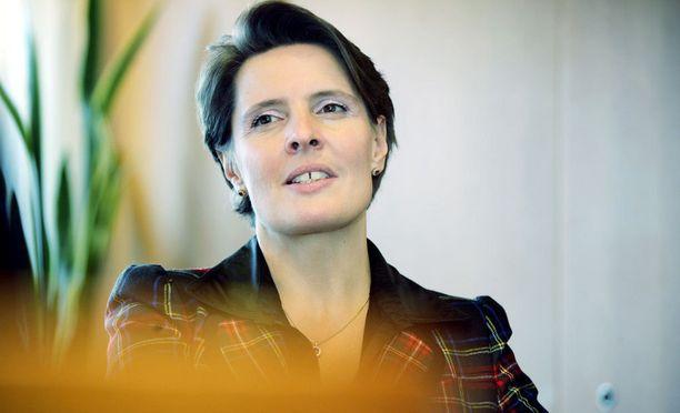 Ministeri Anne Bernerin perheyrityksen hallitusjäsen on mukana liikenne- ja viestintäministeriön kansliapäällikkökisassa.