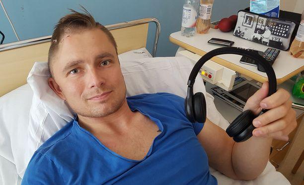 Henry Keisala kertoi Iltalehdelle olevansa tyytyväinen, ettei kuollut tai vammautunut pahemmin häneen kohdistuneessa hyökkäyksessä.