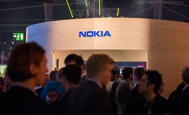Nokia palaa tähän saakka julki tulleiden tietojen perusteella älypuhelinmarkkinoille kovalla ryminällä.