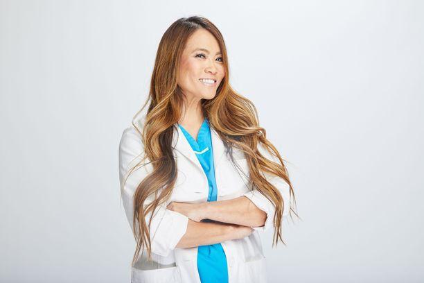 Sandra Lee tunnetaan Tohtori Paiseena.