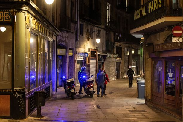 Aluehallituksilla on nyt oikeus määrätä espanjalaiskaupunkeihin yöllinen ulkonaliikkumiskielto.
