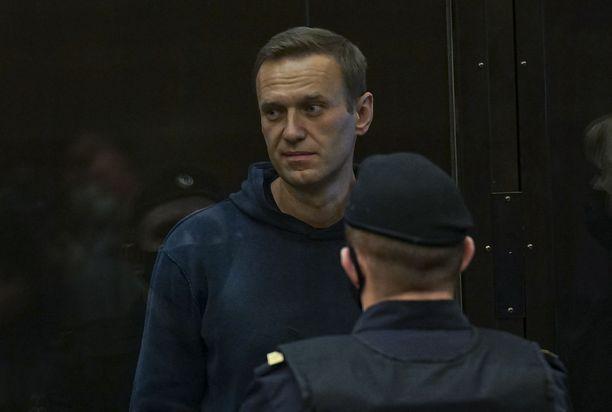 Venäläinen oppositiojohtaja Aleksei Navalnyi on jälleen oikeudessa.