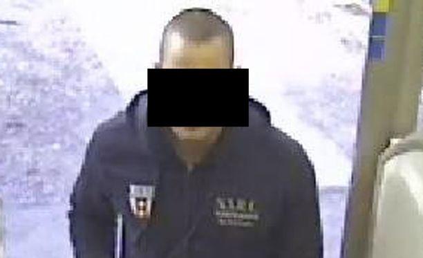 Poliisin mukaan Helsingissä jahdattu ryöstäjä saapui Suomeen tarkoituksenaan nimenomaan rötöstellä täällä.