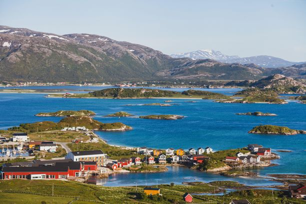 Idyllinen Sommarøyn saari sijaitsee Luoteis-Norjan saaristossa.