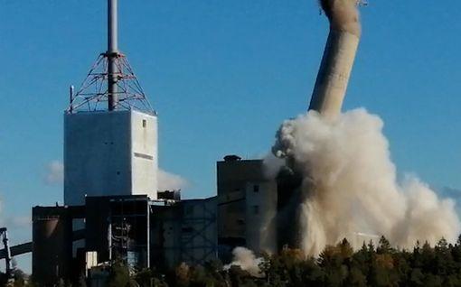 Mikä näky! Näin Suomen korkein savupiippu räjäytettiin maan tasalle