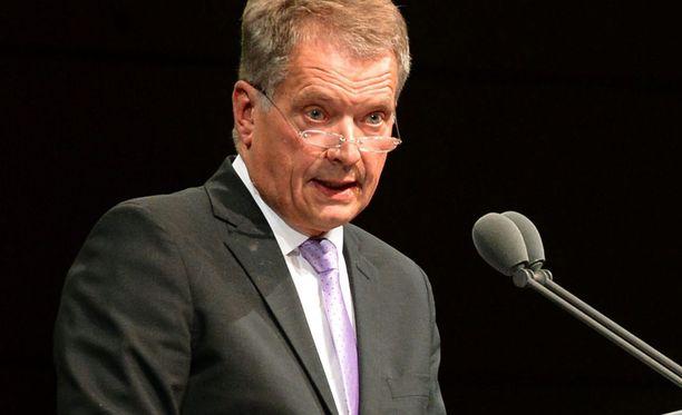 Presidentti Sauli Niinistö kuvattiin tiistaina Frankfurthin kirjamessuilla.