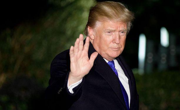 Trump osallistuu tällä hetkellä Maailman talousfoorumin kokoukseen Sveitsin Davosissa.