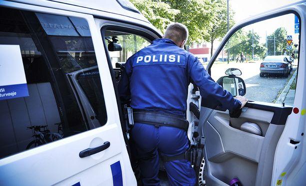 Poliisin mukaan mies pakeni puukotuksen jälkeen. Kuvituskuva.