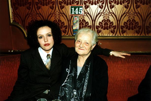 Maria Schrader näytteli Feliceä elokuvassa Aimée & Jaguar, joka kertoo Lillyn ja Felicen tarinan. Schraderin vieressä Lilly Wust. Hän ja Felice olivat antaneet toisilleen lempinimet: Lilly oli Aimée ja Felice Jaguar.