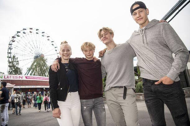 Korona ei huoleta Ylöjärveltä Linnanmäelle tulleita Peltomaan sisarusten Hillaa, Aarretta, Roopea ja Leeviä.