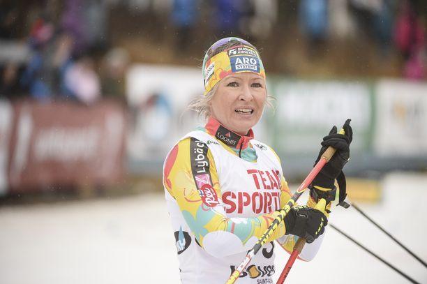 Riitta-Liisa Roponen on vapaan hiihtotavan erikoisnainen, jolla on toki perinteiseltäkin menestystä, muun muassa SM-kulta.