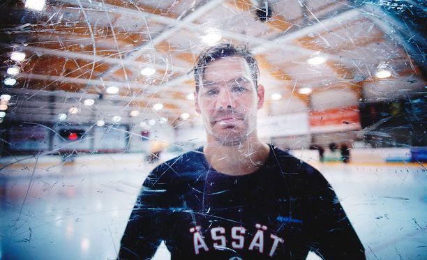 Johs Gratton on haalinut uransa aikana yli 2500 jäähyminuuttia.