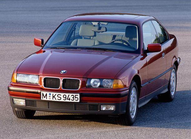 Vanha 3-sarjan BMW on riski (1,65 riskiluku), mutta osa siitä johtuu nuoresta kuljettajaprofiilista.