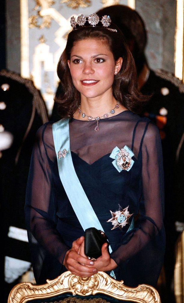 Nuori kruununprinsessa taisteli syömishäiriötä vastaan opiskeluvuosinaan.