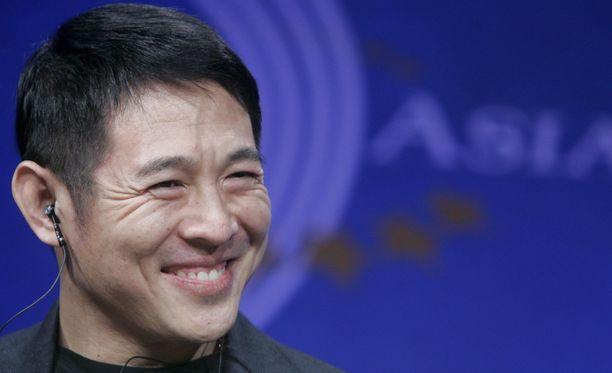 Vuonna 2008 Jet Li näytti hyvävointiselta Hong Kongissa kongressitapahtumassa.