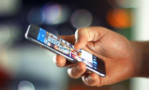Apple kertoo hidastavansa vanhoja Iphoneja.
