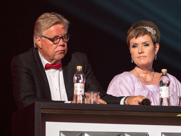 Hanna-Riikka oli tuomarina Tangomarkkinoilla vuonna 2017. Hänen kanssaan tuomaroi Esa Nieminen.