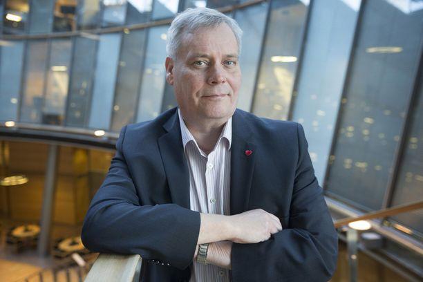 - Puheenjohtajan valinta on täysin perussuomalaisten asia, muistuttaa Antti Rinne.
