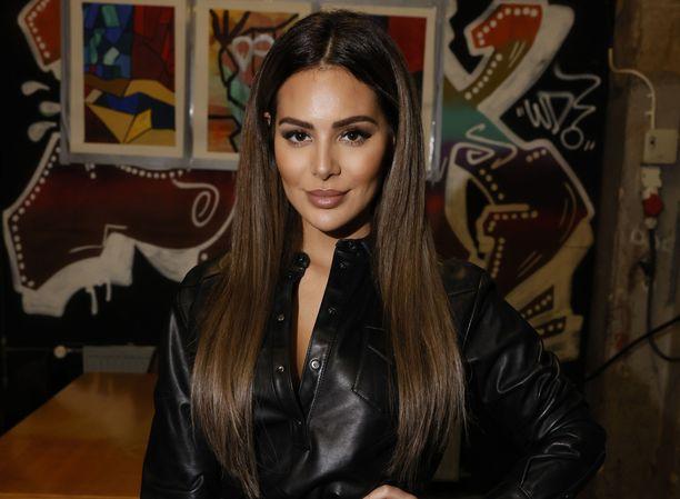 Sofia Belórf lähti Espanjaan juhlimaan 31-vuotissyntymäpäiväjuhliaan.