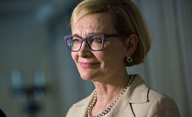 Sisäministeri Paula Risikon mukaan estettyjen iskujen joukossa on muun muassa kouluampumisia.