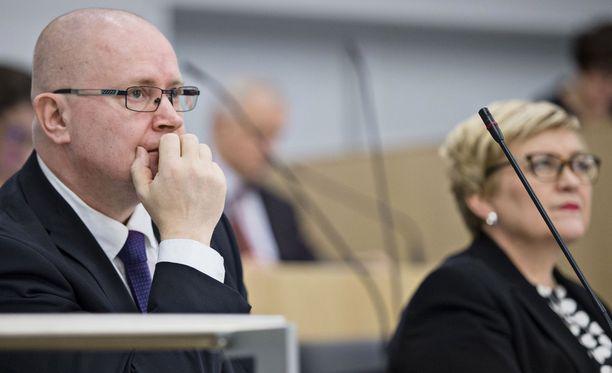 Ministeri Jari Lindströmin mukaan oppia pisteytysjärjestelmästä on käyty hakemassa Kanadasta.