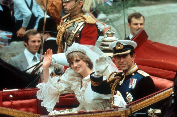 Pariskunta avioitui heinäkuussa 1981.