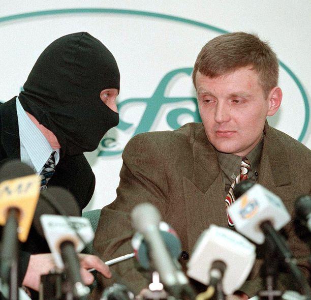 Litvinenko kertoi kollegojensa kanssa vuonna 1998 saaneensa tehtäväkseen tappaa Boris Berezovskin.