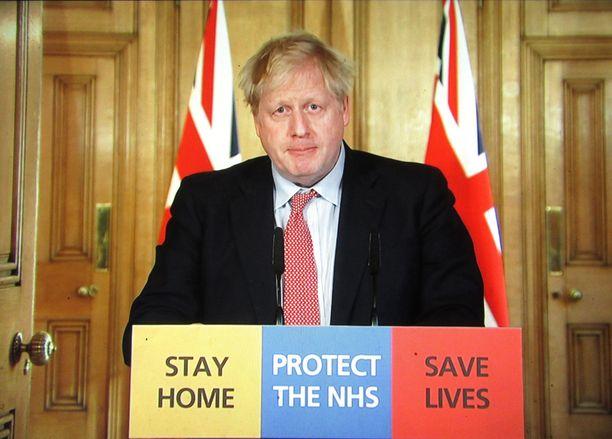Pysykää kotona, pelastakaa elämiä, kehottaa Boris Johnson.