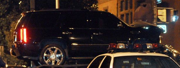 Michael Phelpsin auton konepelti ruttaantui kolarissa.