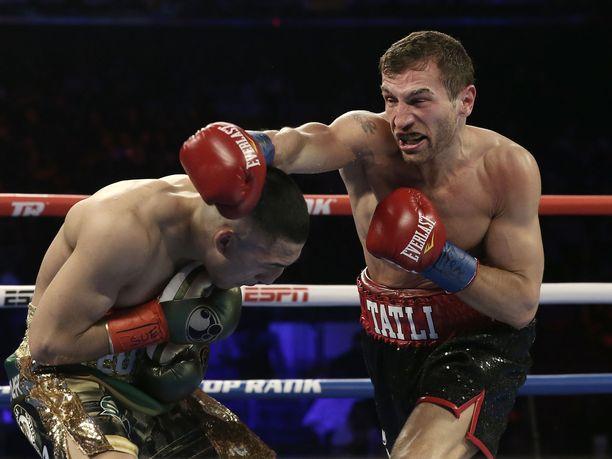 Edis Tatlin piti otella alun perin kevyen sarjan Euroopan mestaria, Gianluca Cegliaa vastaan jo kevällä, mutta sitten koronavirus tulikin muuttamaan kuvioita.
