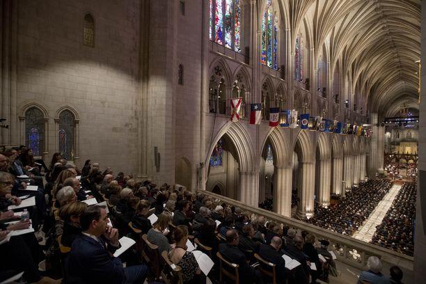 Muistotilaisuus pidettiin kansalliskatedraalissa Washingtonissa.