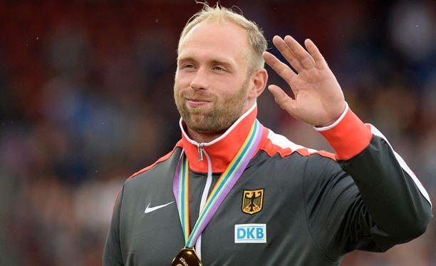 Robert Harting sanoi, että olympiakomitean puheenjohtaja Thomas Bach on osa dopingjärjestelmää.