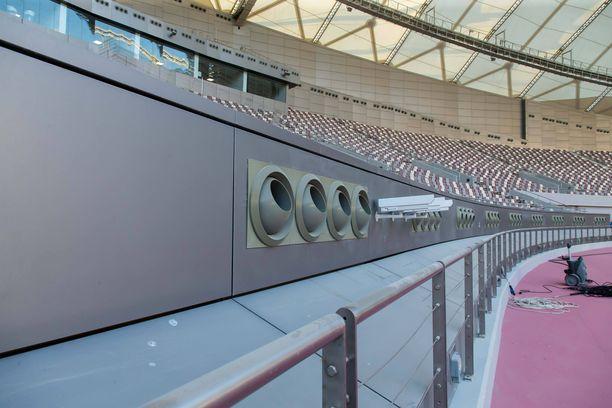Dohan yleisurheilustadionilla on ilmastointijärjestelmä.