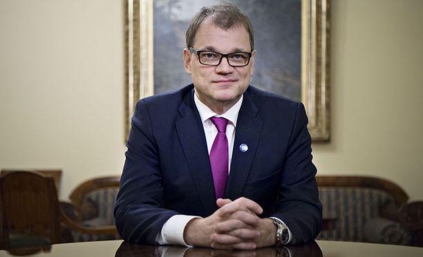 Pääministeri Juha Sipilä (kesk) otti Ylen Ykkösaamussa kantaa moniin asioihin.