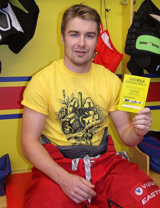Jokereiden pelaaja Pekka Jormakka haluaa jakaa tietoa elinluovutuskortista myös nuorille.