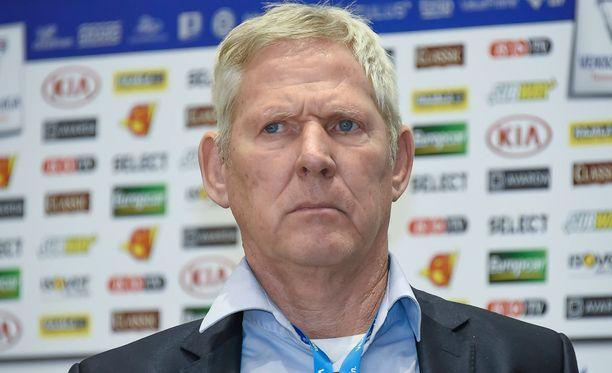 Job Dragtsmaa ei enää nähdä Interin peräsimessä.