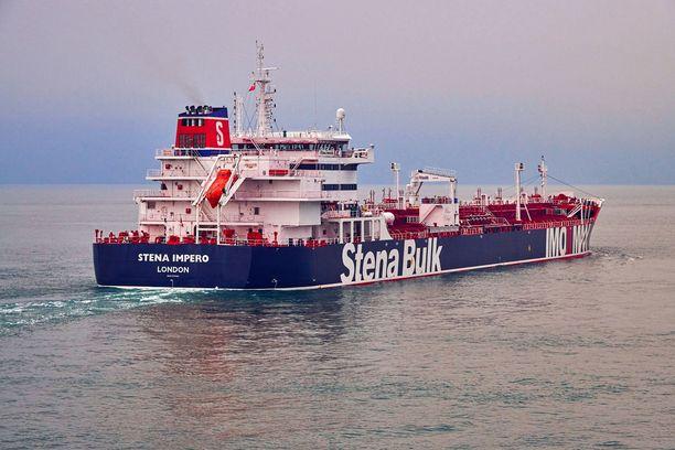 Liikennöitsijän mukaan Stena Impero ei rikkonut määräyksiä.