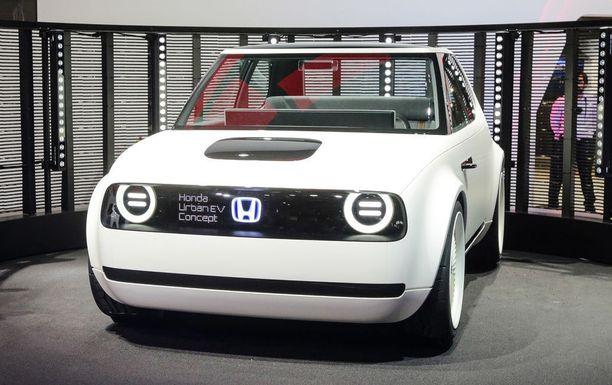 Uusi Honda Urban EV on persoonallisen näköinen: jotakin perinnemuotoa mukana.